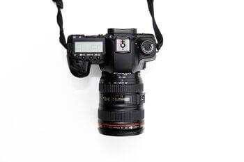 type of camera lenses: 55-250mm
